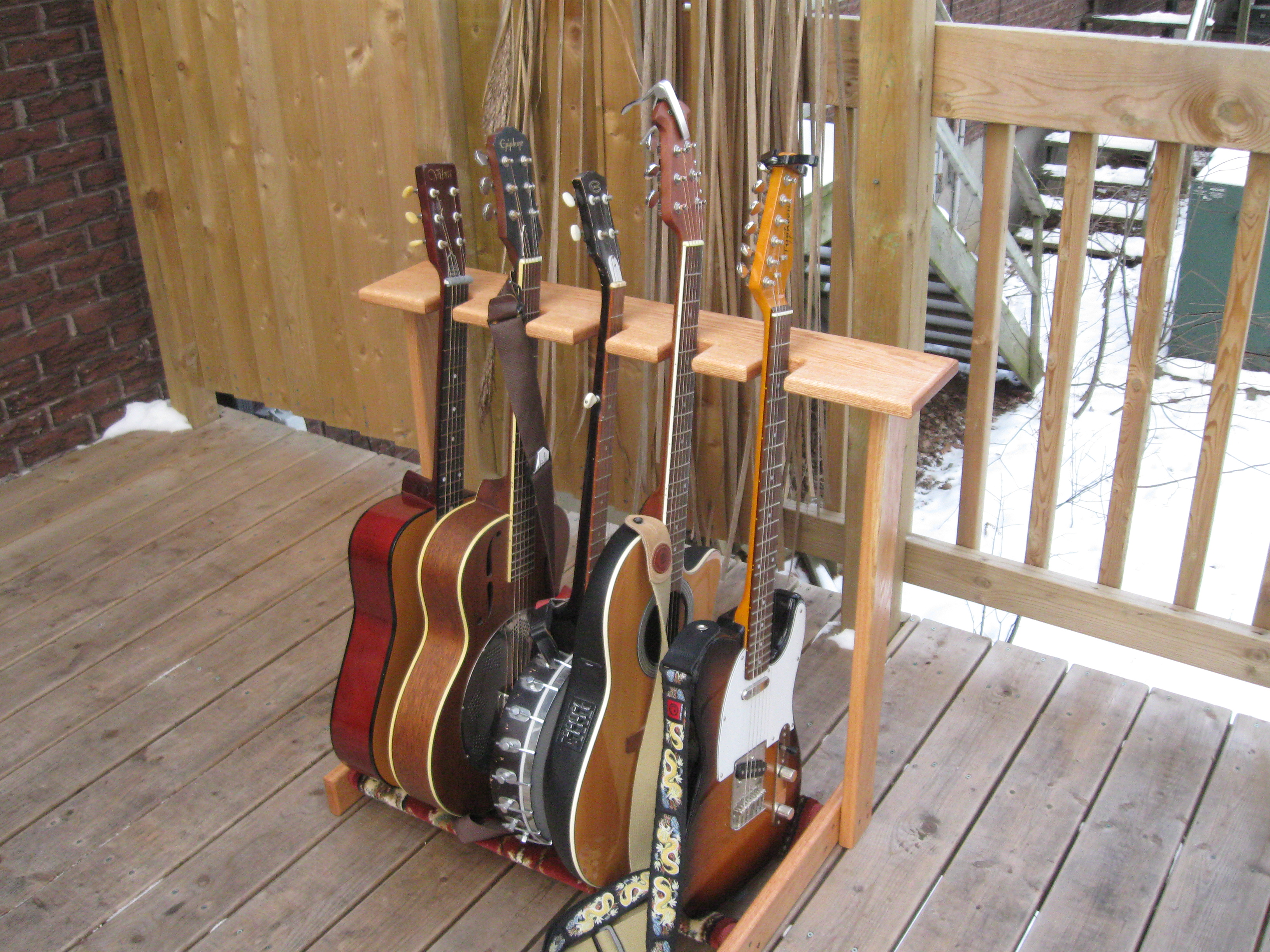 trees and tunes guitar stands racks. Black Bedroom Furniture Sets. Home Design Ideas