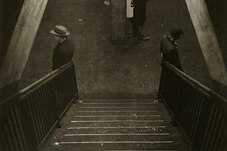 Roy de Carava dans Photographie: Grands Photographes decarava.stairs