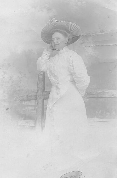 Lola Francis Armstrong
