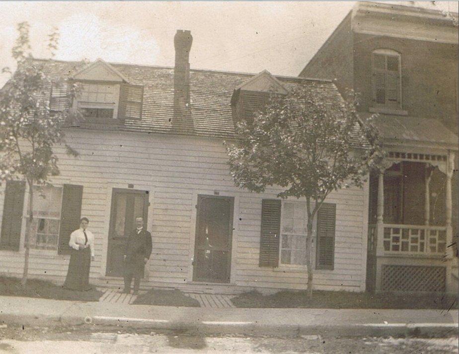 Home of Norbert and Emma (Desormeaux) Aubin, St. Andrew Street, Ottawa
