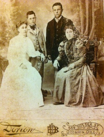 Dorion Studio, Ottawa, Photo of some Fenlon family members
