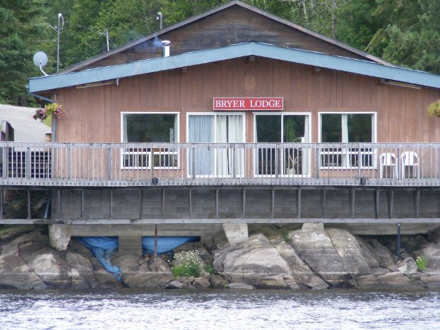 Bryer Lodge on the French River, Ontario, Canada