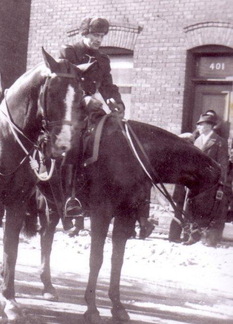 John Kidd of the RCMP, at 1937 funeral of Sir Robert Borden