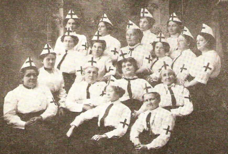 Nurses at the Hospital in Maniwaki, Quebec, c. 1920