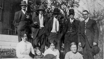 Pat, Mary, John, Florence & Joe McClements c1915