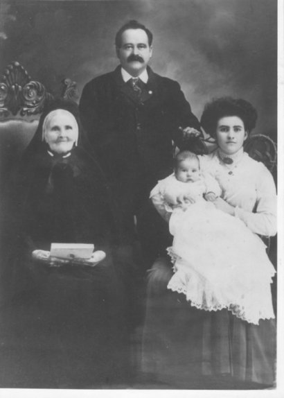 4 generations of Murphys at Arnprior