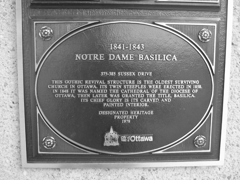 Notre Dame Plaque