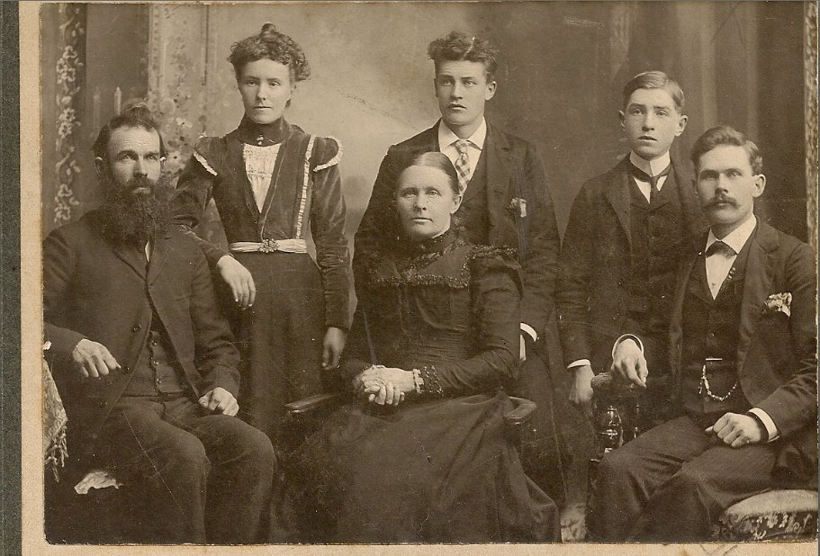 Unknown Old Photo, Possibly the Griffith Family